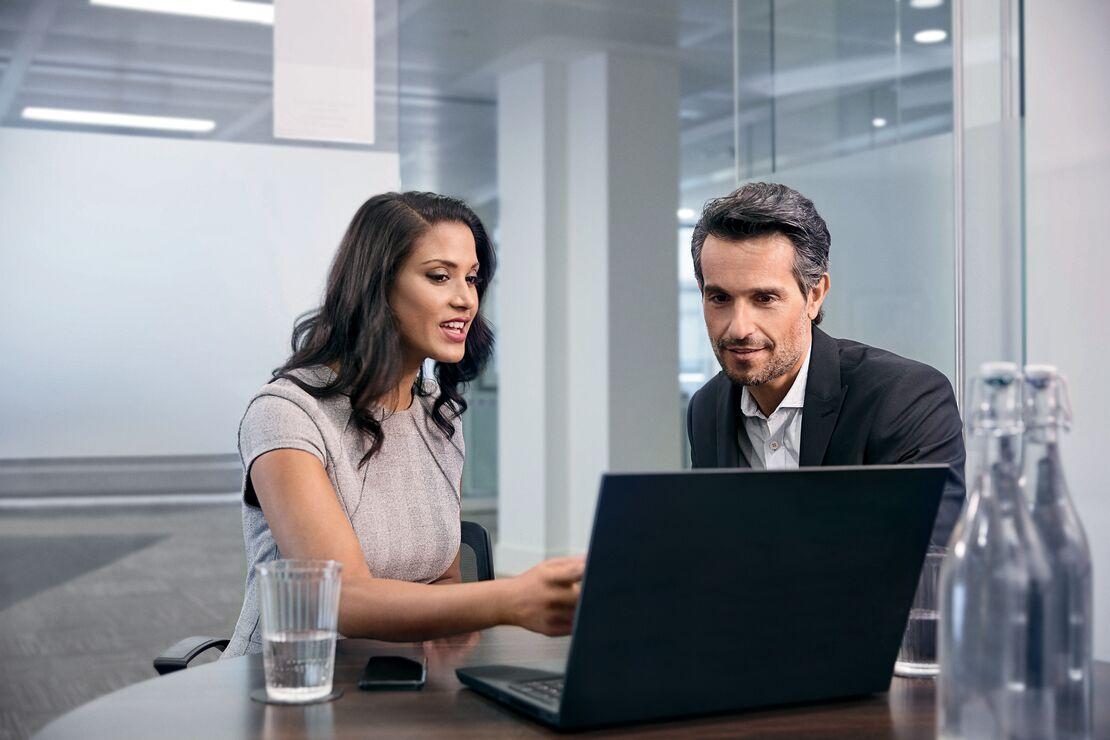Jabra Anwendung LifeStyle Engage 50 managers meeting